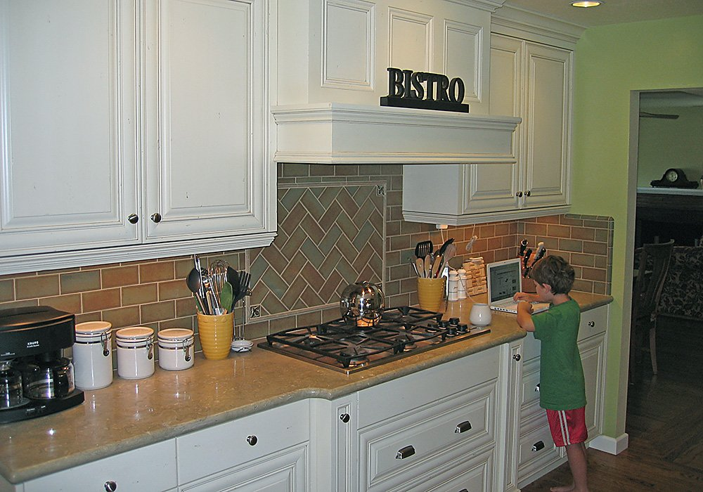 O'Connor Kitchen Green Finish