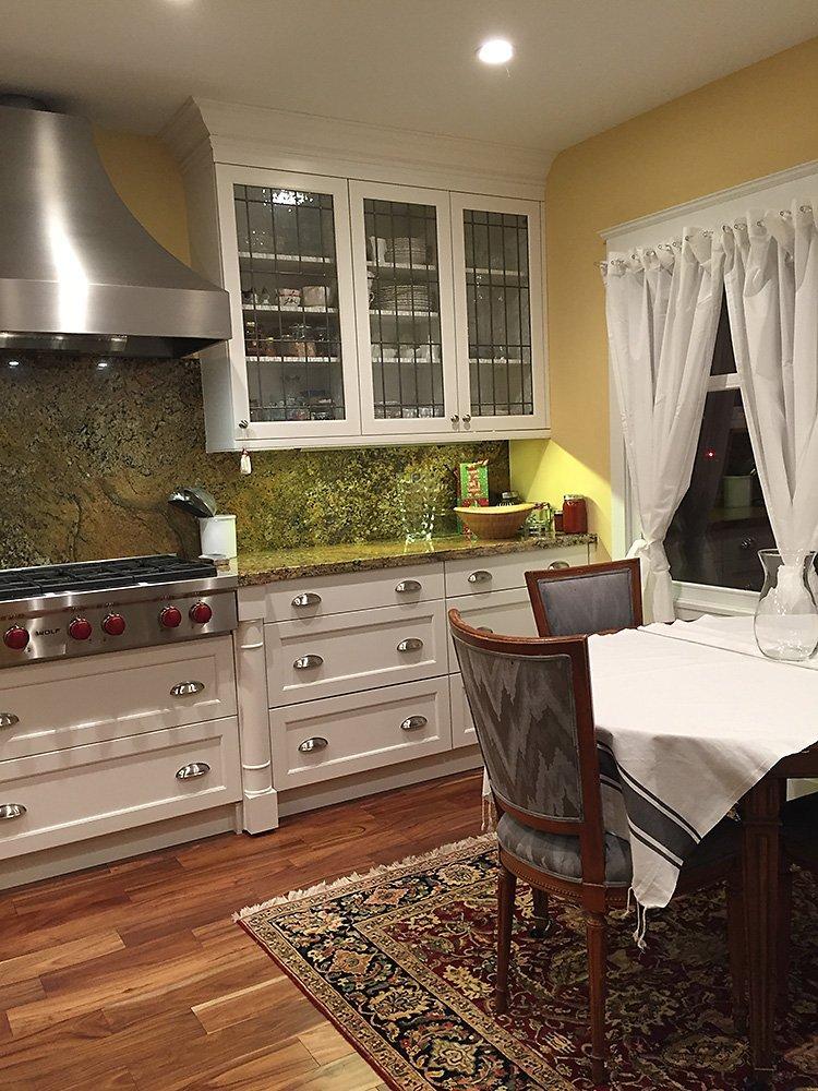 Jola Kitchen Finish Golden Side View
